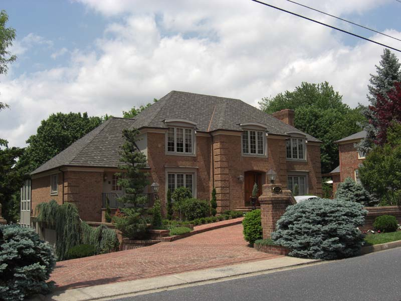 Camelot Aged Oak Shingles Valley Roofing