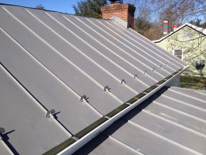 Metal Roof Valley Roofing