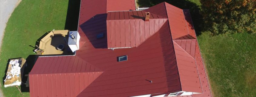 metal roof installed by a roofing contractor